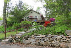 Photo of 33 Dunderberg Road, Putnam Valley, NY 10579 (MLS # 5120311)