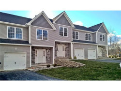 Photo for 160 Highwood Drive, New Windsor, NY 12553 (MLS # 4651391)