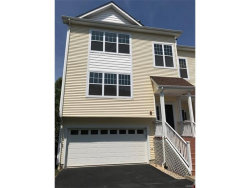 Photo of 112 Woodlake Drive, Unit 112, Middletown, NY 10940 (MLS # 4733228)