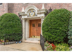 Photo of 42 West Pondfield Road, Unit 5D, Bronxville, NY 10708 (MLS # 4735080)