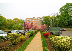 Photo of 72 West Pondfield Road, Unit 1F, Bronxville, NY 10708 (MLS # 4800755)
