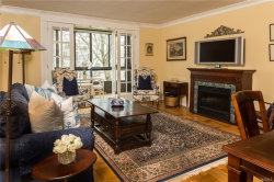 Photo of 72 West Pondfield, Unit 6E, Bronxville, NY 10708 (MLS # 4816536)