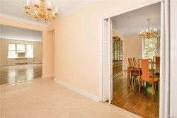 Photo of 7 Midland Gardens, Unit 1O, Bronxville, NY 10708 (MLS # 4827312)