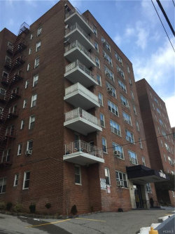 Photo of 365 Bronx River Road, Unit 7G, Yonkers, NY 10704 (MLS # 4902257)