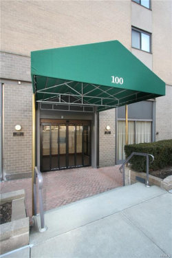 Photo of 100 East Hartsdale Avenue, Unit 7KW, Hartsdale, NY 10530 (MLS # 4903995)