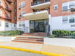 Photo of 440 warburton avenue, Unit 5-b, Yonkers, NY 10701 (MLS # 4904570)