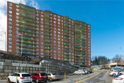 Photo of 1853 Central Park Avenue, Unit 6C, Yonkers, NY 10710 (MLS # 4909717)
