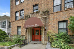 Photo of 37 Hamilton Place, Unit 1A, Tarrytown, NY 10591 (MLS # 4956230)