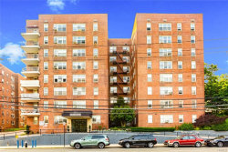 Photo of 365 BRONX RIVER Road, Unit 6C, Yonkers, NY 10704 (MLS # 4974050)