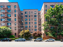 Photo of 11 Bronx River Rd, Unit 2D, Yonkers, NY 10704 (MLS # 5069739)