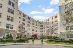 Photo of 3 Stoneleigh Plaza, Unit 2D, Bronxville, NY 10708 (MLS # 5117494)