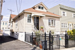Photo of 2871 Wellman Avenue, Bronx, NY 10461 (MLS # 4923140)