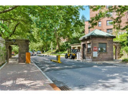 Photo of 171 Pearsall Drive, Unit 6H, Mount Vernon, NY 10552 (MLS # 4728451)