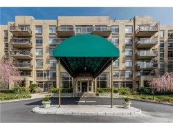 Photo of 35 North Chatsworth Avenue, Unit 5A, Larchmont, NY 10538 (MLS # 4735484)