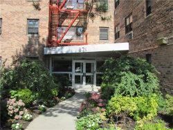 Photo of 671 Bronx River Road, Unit LE, Yonkers, NY 10704 (MLS # 4737534)