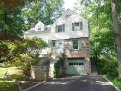 Photo of 8 Brook Place, Larchmont, NY 10538 (MLS # 4816066)