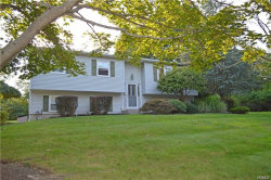 Photo of 4 Carpenter Court, Airmont, NY 10952 (MLS # 4838712)