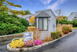 Photo of 6 Indian Cove Road, Mamaroneck, NY 10543 (MLS # 4901230)