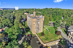Photo of 4901 Henry Hudson Parkway West, Unit STB, Bronx, NY 10471 (MLS # 4909010)