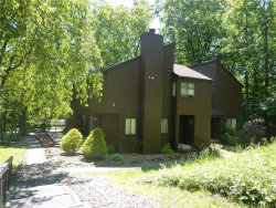Photo of 3 Acorn Court, Highland Mills, NY 10930 (MLS # 4948099)