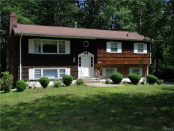 Photo of 4 Kelly Court, Airmont, NY 10952 (MLS # 4980824)