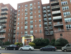 Photo of 43 BRONX RIVER RD, Unit 7J, Yonkers, NY 10704 (MLS # 5066312)