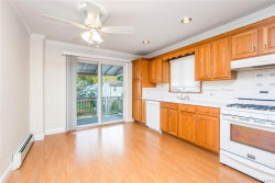 Photo of 884 Saw Mill River Road, Yonkers, NY 10710 (MLS # 6000795)