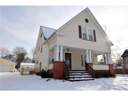 Photo of 303 Washington Ave, Niles, OH 44446 (MLS # 3865872)