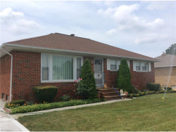 Photo of 1736 Bellingham Rd, Mayfield Heights, OH 44124 (MLS # 3926443)