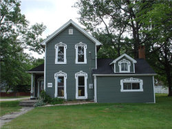 Photo of 919 Richmond Rd, Lyndhurst, OH 44124 (MLS # 3928568)