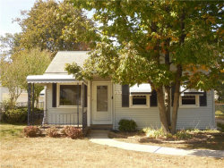 Photo of 1176 Genesee Ave, Mayfield Heights, OH 44124 (MLS # 3946229)