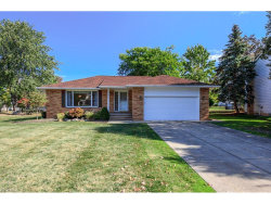 Photo of 653 Jefferson Dr, Highland Heights, OH 44143 (MLS # 3947888)