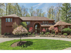 Photo of 30 Pebblebrook Ln, Moreland Hills, OH 44022 (MLS # 3953438)