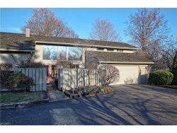 Photo of 401 Knollwood Dr, Aurora, OH 44202 (MLS # 3955108)