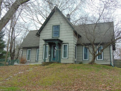 Photo of 8121 Maple Ave, Garrettsville, OH 44231 (MLS # 3960256)