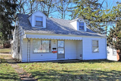 Photo of 3460 Ambert Ave, Youngstown, OH 44502 (MLS # 3970149)