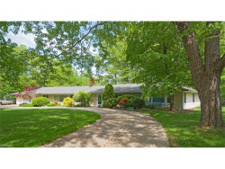 Photo of 240 Murwood Dr, Moreland Hills, OH 44022 (MLS # 3971173)