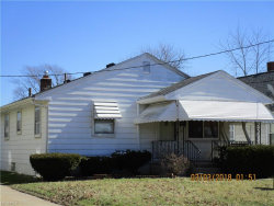 Photo of 151 North Hazelwood Ave, Youngstown, OH 44509 (MLS # 3977597)