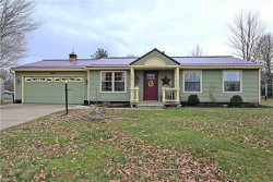 Photo of 153 Chapel Hill Dr, Warren, OH 44483 (MLS # 3978011)