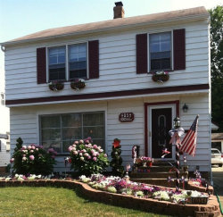 Photo of 4054 Hinsdale Rd, South Euclid, OH 44121 (MLS # 3978709)