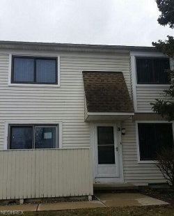 Photo of 5563 Heathergreen Ct, Unit 25-C, Willoughby, OH 44094 (MLS # 3979991)