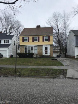 Photo of 2547 Milton Rd, University Heights, OH 44118 (MLS # 3989525)
