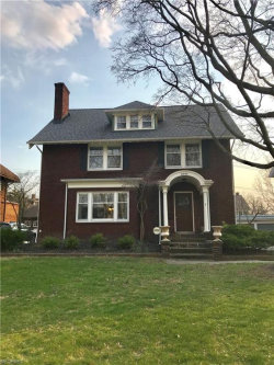 Photo of 2846 Woodbury Rd, Shaker Heights, OH 44120 (MLS # 3989701)