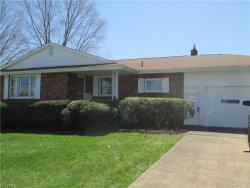 Photo of 1445 Rose Hedge Ct, Boardman, OH 44514 (MLS # 3989998)