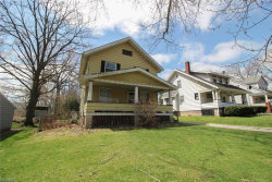 Photo of 2411 Ridgewood Rd, Youngstown, OH 44502 (MLS # 3991364)
