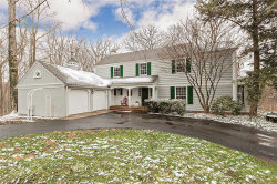 Photo of 175 Hickory Ln, Moreland Hills, OH 44022 (MLS # 3991755)