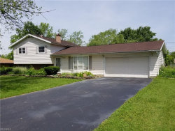 Photo of 825 Apache Run, Macedonia, OH 44056 (MLS # 4007703)