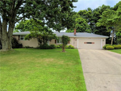 Photo of 618 Oakridge Dr, Youngstown, OH 44512 (MLS # 4011221)