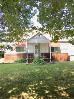 Photo of 152 Piccadilly St, Campbell, OH 44405 (MLS # 4018431)