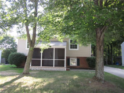 Photo of 1069 Shadowlawn Dr, Ravenna, OH 44266 (MLS # 4025781)